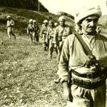 Em rêberê gelê Kurdistanê Mele Mustafa Barzanî bi giramî bibîr tînin!