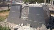 Rûxandina Peykerê Ahmedê Xanî Şermezar Dikim Ahmedê Xanî Heykelinin Yıktırılmasını Kınıyorum!