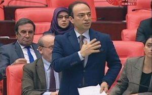 Em cezaya ku ji ber bikaranîna navê Kurdistanê li Osman Baydemir hatîye birîn şermezar dikin
